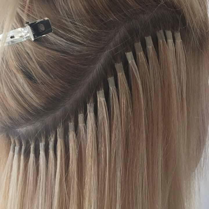 colocación de extensiones de cabello natural por Macavi