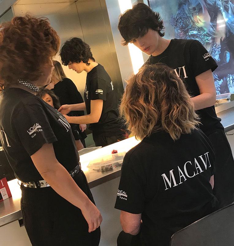 Premios Feroz 2019 finalizando el peinado