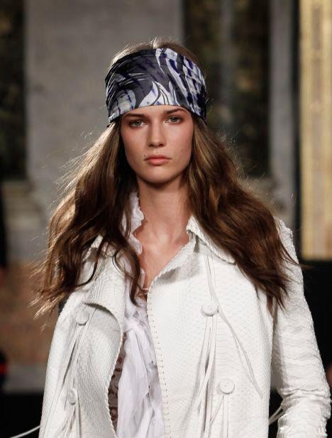 Pañuelos en el pelo estilo hippie