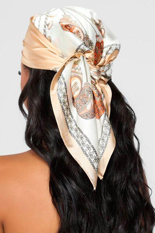 Pañuelos en el pelo a modo de turbante