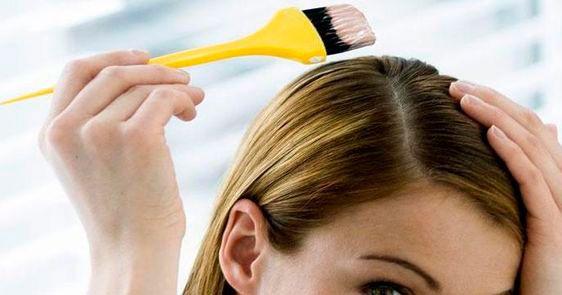 recomendaciones para aplicarse tinte de pelo en casa, aplicación