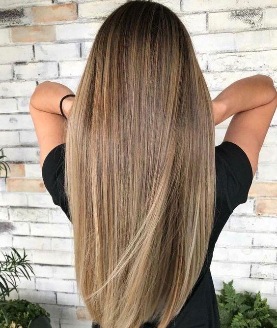 cuidados para el cabello liso de una melena larga
