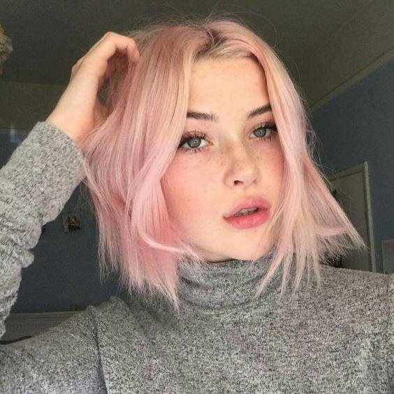 tinte rosa en media melena