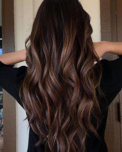 coloración para el cabello en 2021 tono castaño
