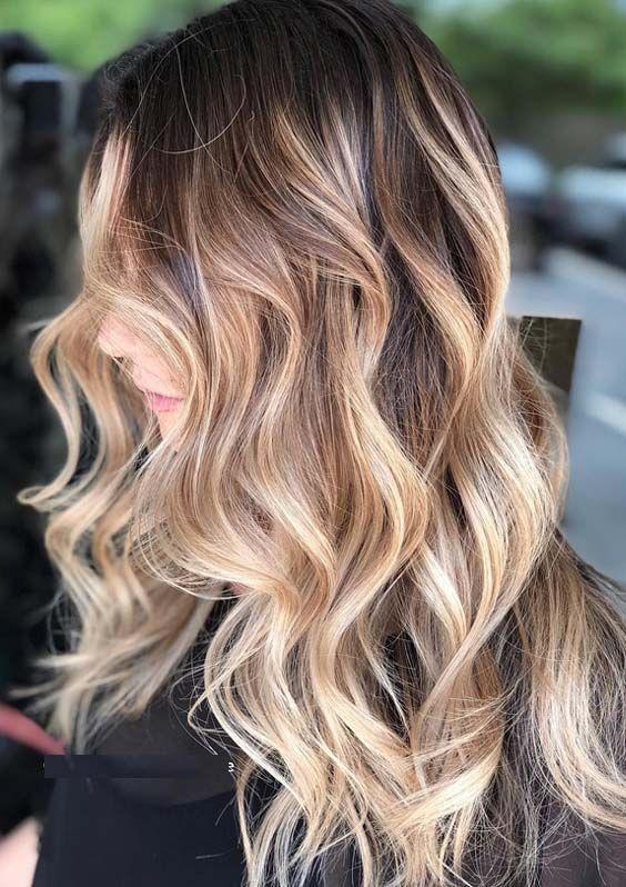 Mechas balayage sobre cabello ondulado